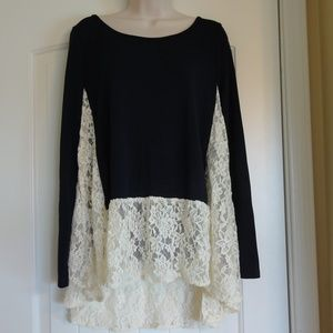 Entro Long sleeve dark blue with beige lace